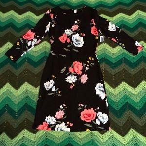 NWT Old Navy black floral print ponte sheath dress